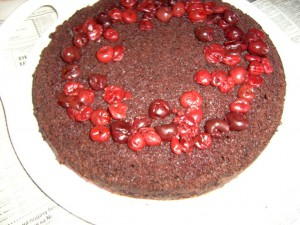 Два в одном: шоколадный торт и пироженное