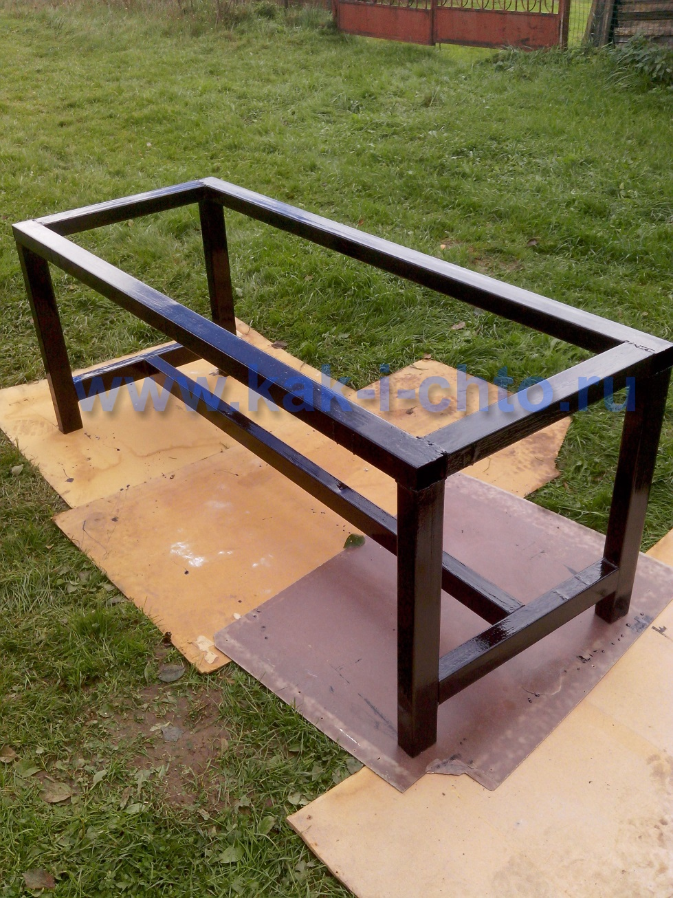 Сделать стол из металла своими руками