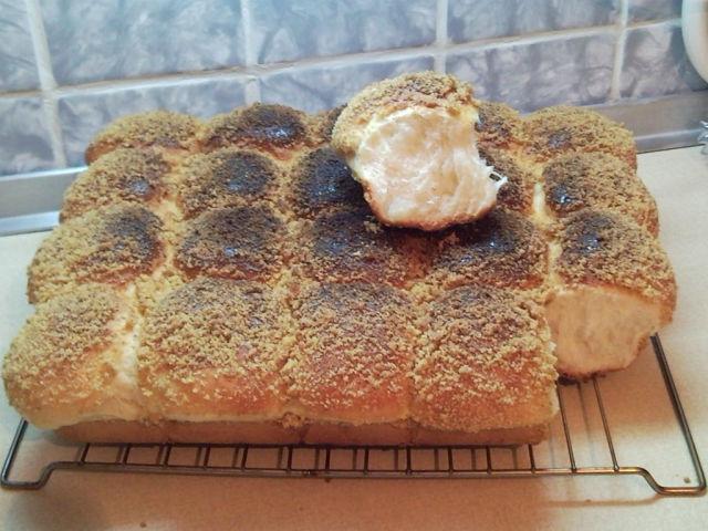 Рецепт сдобных булочек со сгущенкой