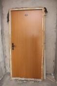 Старая входная дверь