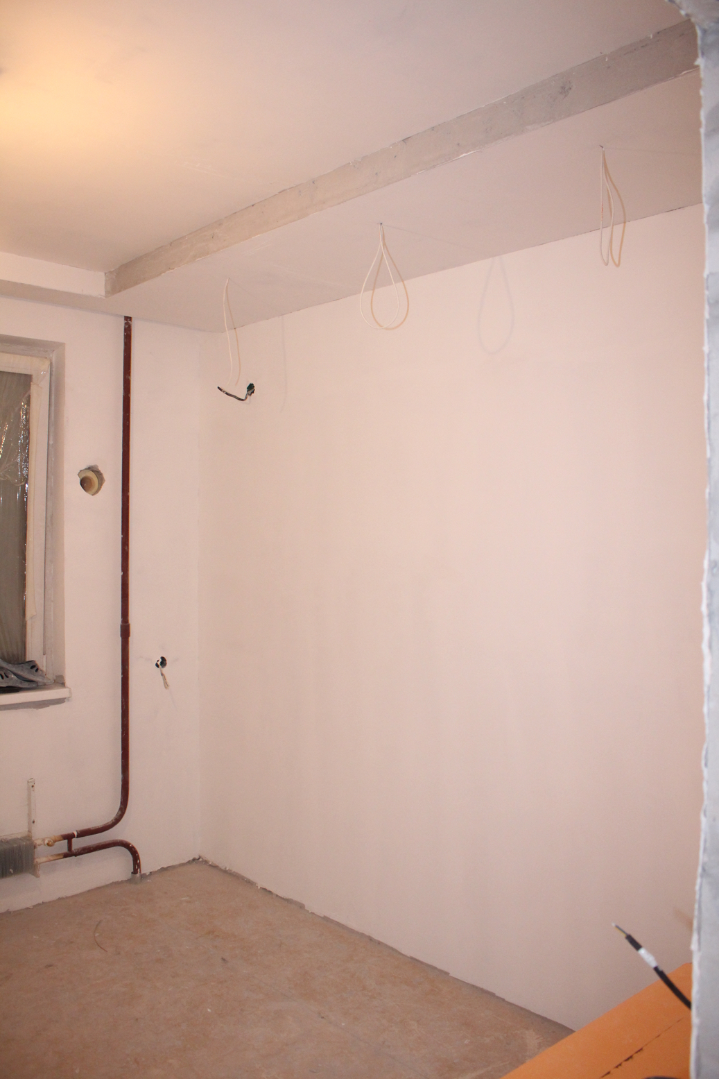 стены в маленькой комнате - гостиной