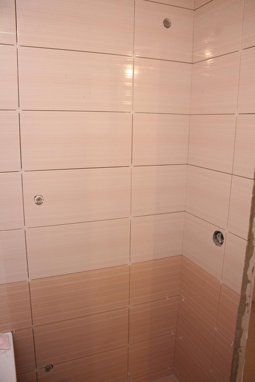 укладка плитки в ванной П-44Т