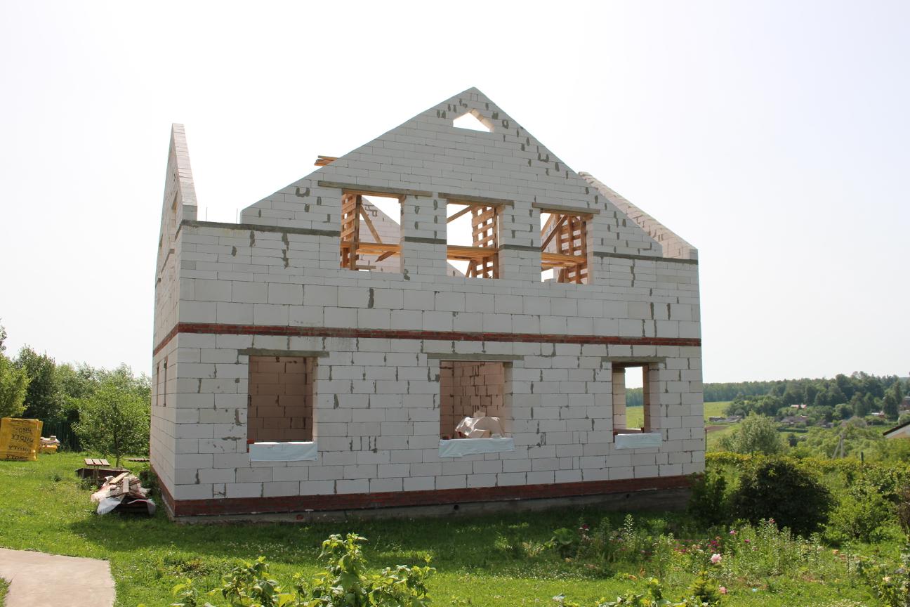 Фронтоны многощипцовой крыши