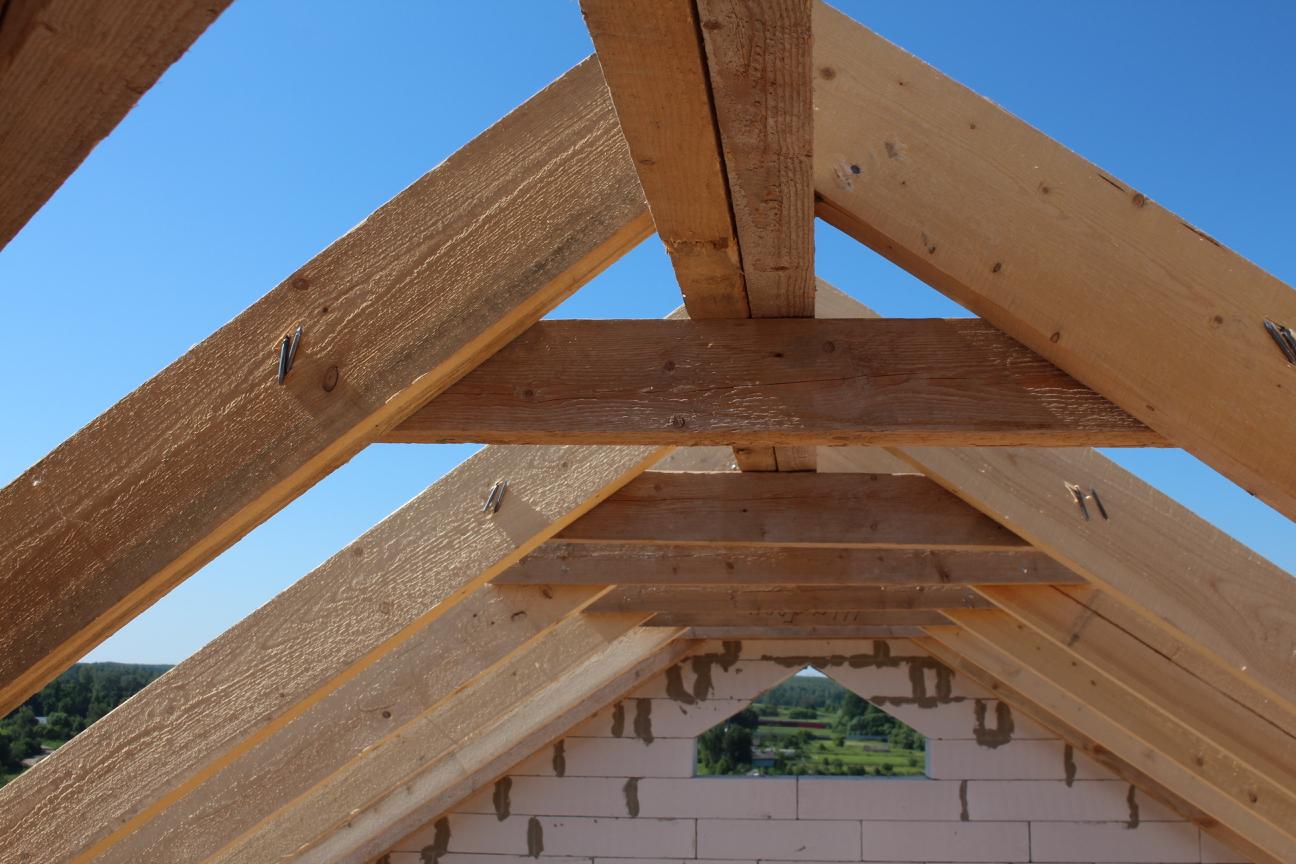 Стропильная система многощипцовой крыши - перемычки