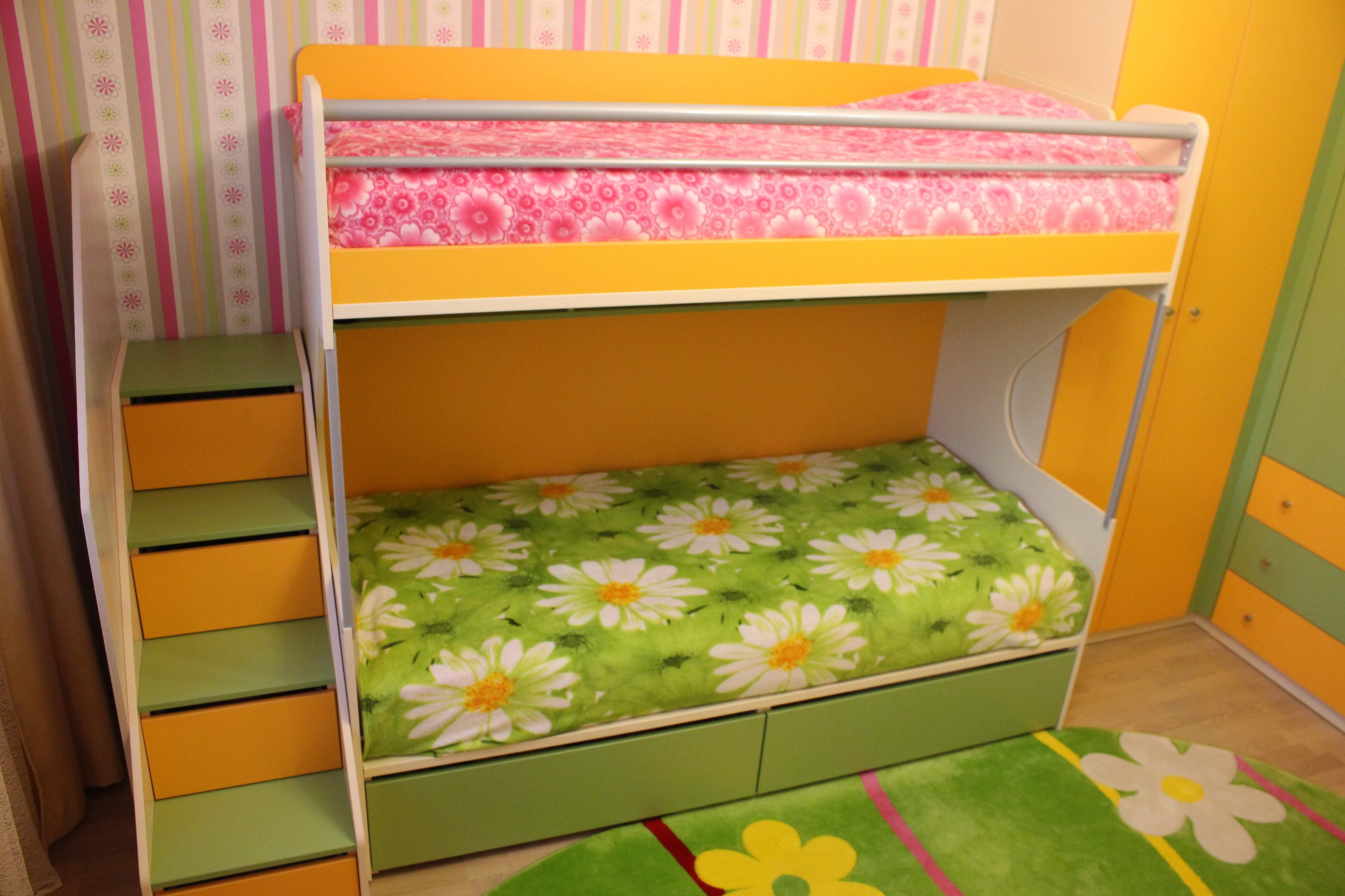 Детская мебель в интерьере - серия Силуэт Софтформ двухярусная кровать со ступеньками